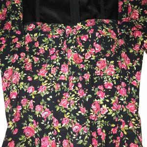 Dolce & Gabbana Tops - Dolce & Gabbana Floral printed top.